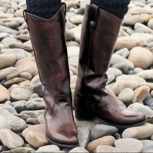 FRYE - Melissa Button Lug Boots